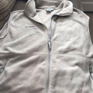 Women's Columbia fleece vest